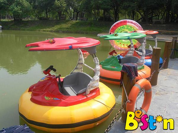 Ofrecemos Botes Inflables Botes Chocones Acuáticos Para Parques, Alta Calidad Con Buen Rendimiento
