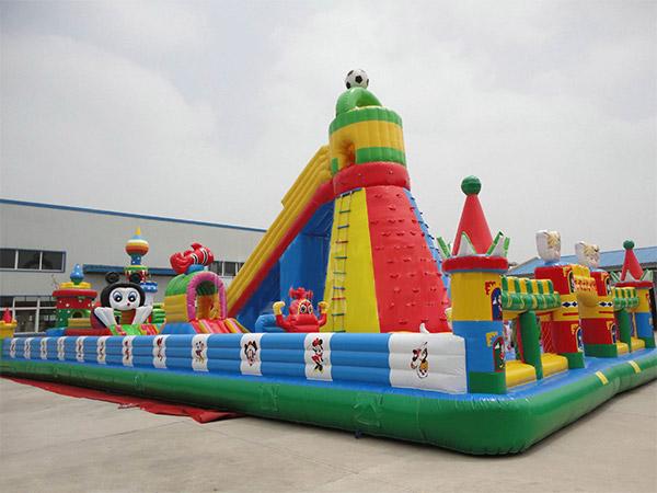 Venta de Combo Inflables, Juegos Inflables, Toboganes, Escaladora, Brincolines